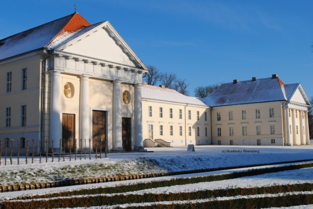 Kavalierhaus Rheinsberg im Winter